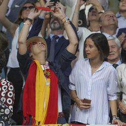 La Infanta Elena y Victoria de Marichalar en el Día de la Hispanidad 2017