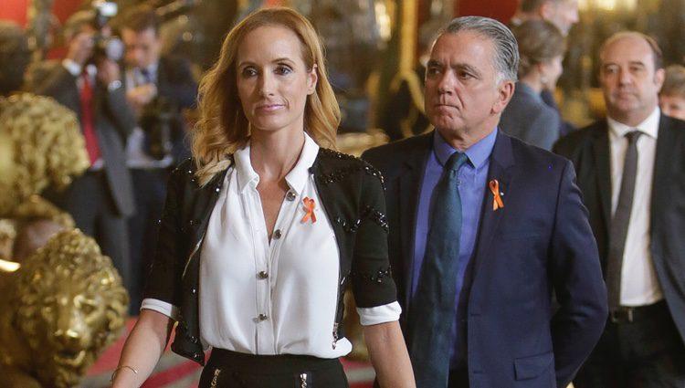 Juan Ramón Lucas y Sandra Ibarra en la recepción del Día de la Hispanidad 2017
