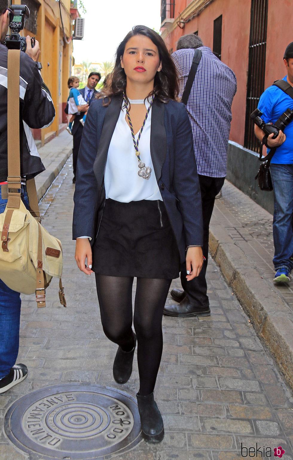 Cayetana Rivera por las calles de Sevilla