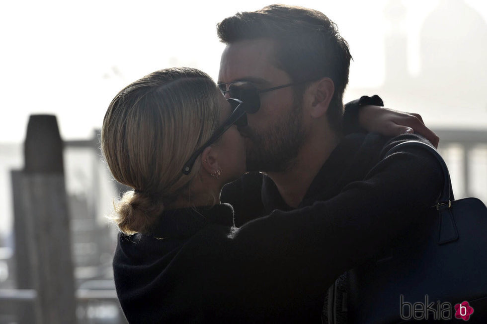 Sofia Richie y Scott Disick pasean su amor en Venecia
