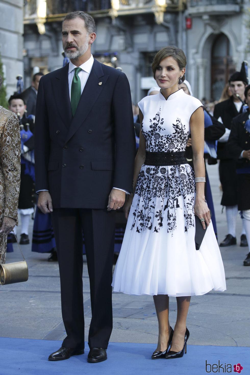 Los Reyes Felipe y Letizia en los Premios Princesa de Asturias 2017