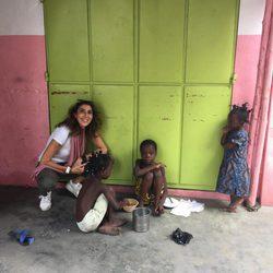 Paz Padilla en África rodando para 'Planeta Calleja'
