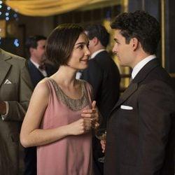 Nadia de Santiago y Nico romero en la segunda temporada de 'Las chicas del cable'