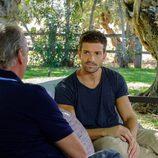 Pablo Alborán hablando con Bertín Osborne en 'Mi casa es la tuya'