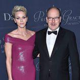 Alberto y Charlene de Mónaco en los Premios Princesa Grace 2017 en Los Angeles