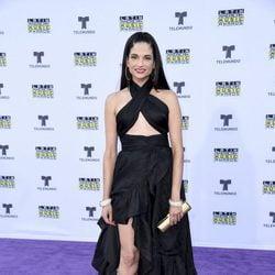 Natalia Jiménez en la alfombra roja en los Latin American Music Awards 2017