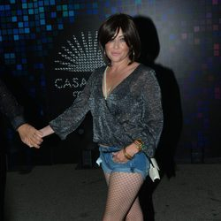 Shannen Doherty en una fiesta de Halloween en Hollywood