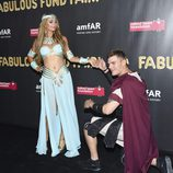 Paris Hilton y su novio Chris Zylka en Halloween 2017