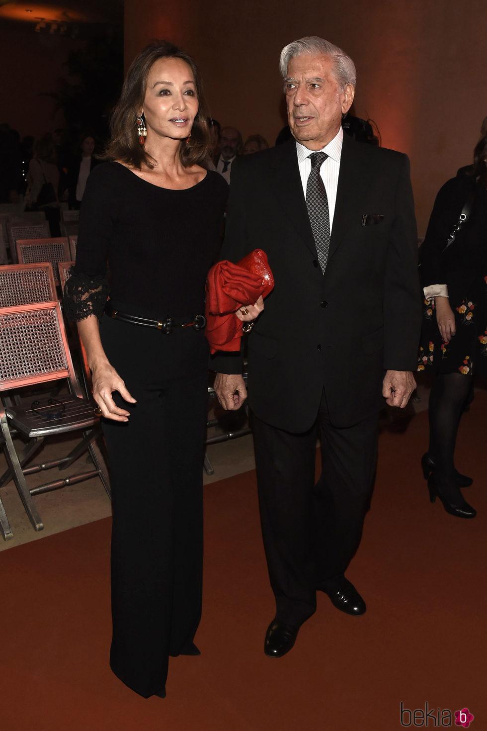 Isabel Preysler y Mario Vargas Llosa en la celebración del 25 aniversario del Museo Thyssen Bornemisza