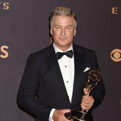 Alec Baldwin en los Emmy 2017