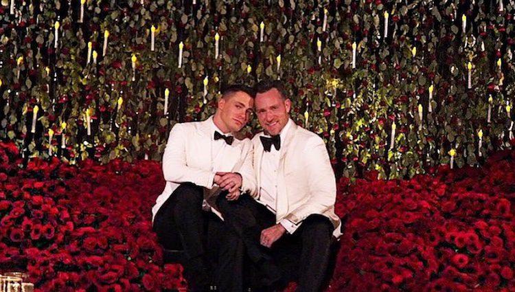 Colton Haynes y Jeff Leatham el día de su boda