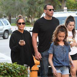 Jennifer Lopez y Alex Rodriguez en familia por Florida