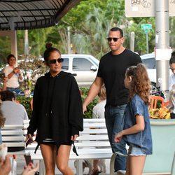 Jennifer Lopez junto a Alex Rodriguez en familia