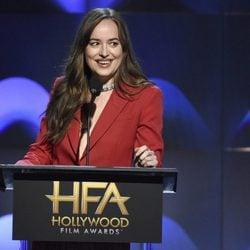 Dakota Johnson en la gala de los Hollywood Film Awards 2017