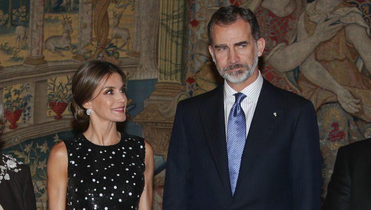 Los Reyes Felipe y Letizia en la cena con la que fueron agasajados por el presidente de Israel en El Pardo