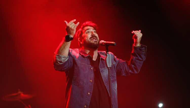 Antonio Orozco ofreciendo su primer concierto tras la muerte de Susana Prat