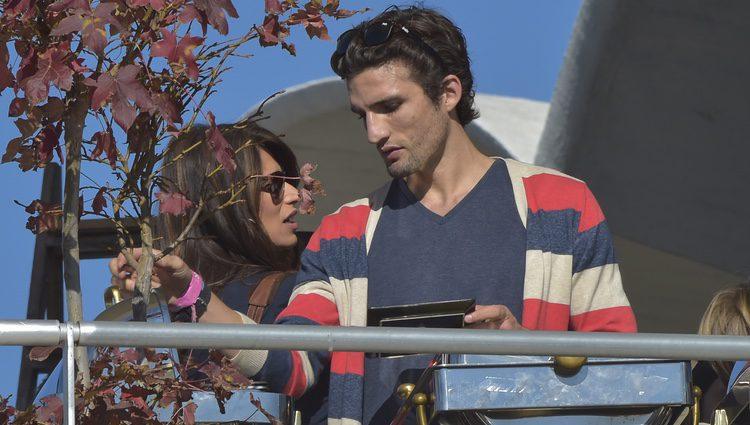 Sonia Ferrer con su novio Nahuel en el Hipódromo de la Zaruela