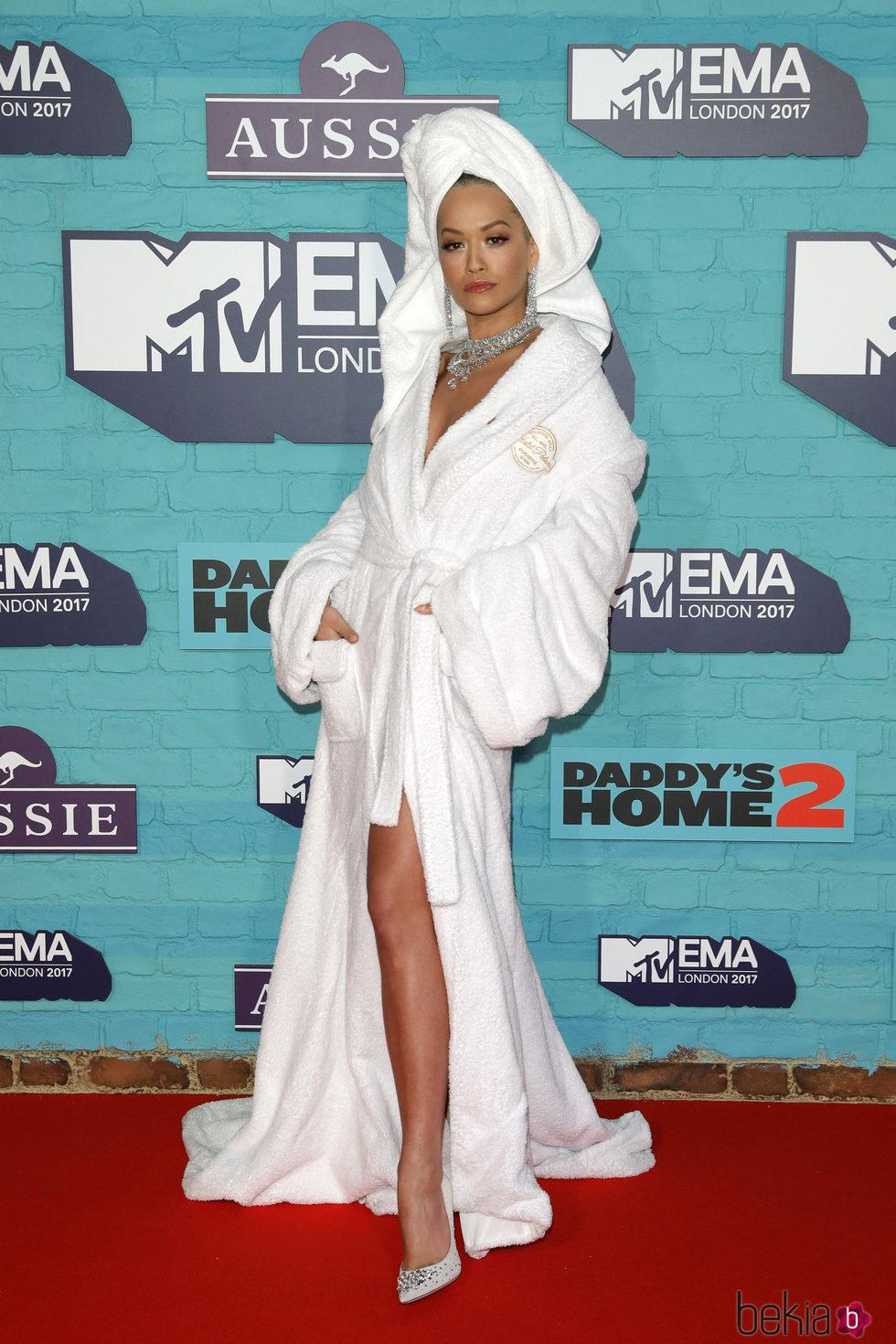 Rita Ora en los los MTV EMA 2017