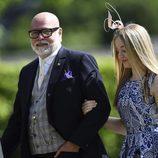 Gary Goldsmith con su hija Tallulah en la boda de Pippa Middleton y James Matthews