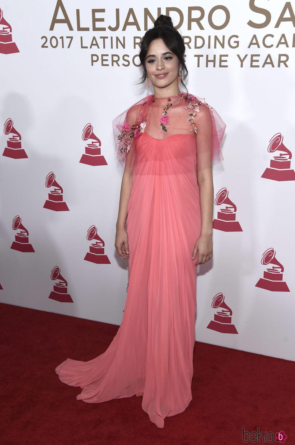 Camila Cabello en la entrega del Premio Persona del Año 2017 de los Grammy Latinos