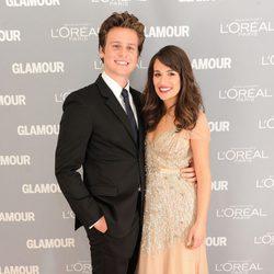 Jonathan Groff y Lea Michele en los premios Glamour de Nueva York