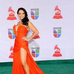 Julie Ferretti en los Grammy Latinos 2011