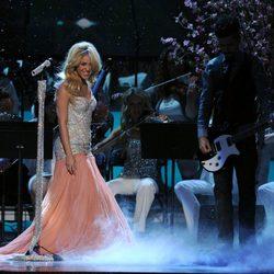 Actuación de Shakira en los premios Grammy Latino 2011