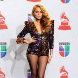 Paulina Rubio posa tras su actuación en los Grammy Latinos 2011