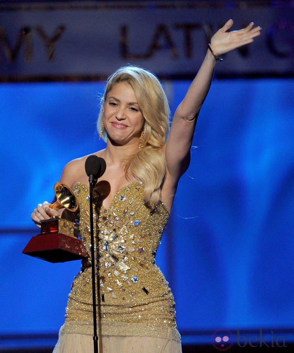 Shakira recoge su premio Grammy Latino 2011