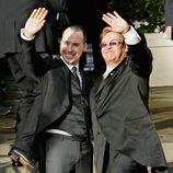 Elton John y David Furnish contrajeron matrimonio