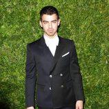 Joe Jonas en la gala Vogue Fashion en Nueva York