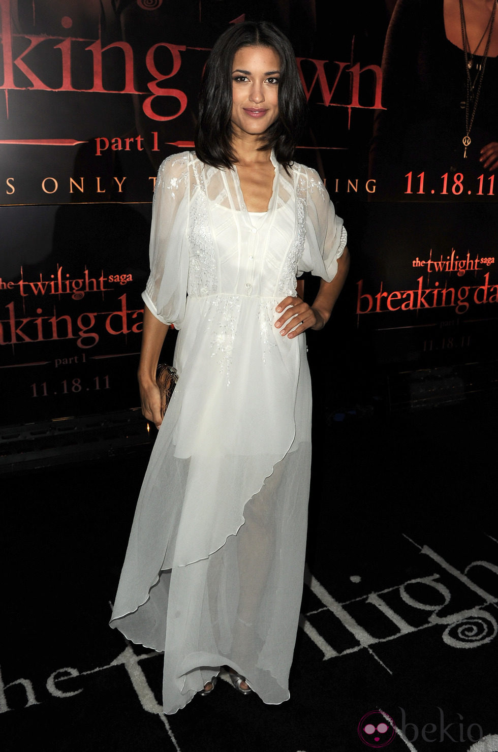 Julia Jones en el estreno de 'Amanecer. Parte 1' en Los Ángeles