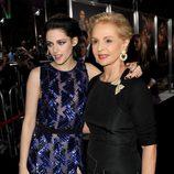 Kristen Stewart y Carolina Herrera en el estreno de 'Amanecer. Parte 1' en Los Ángeles