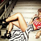 Rihanna posa muy sugerente en las nuevas fotos promocionales de su disco 'Talk That Talk'