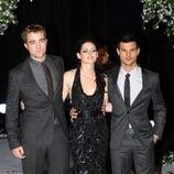 Robert Pattinson, Kristen Stewart y Taylor Lautner en el estreno de 'Amanecer. Parte 1' en Londres