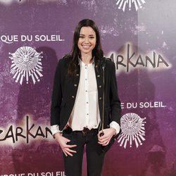 Dafne Fernández en el estreno de Zarkana