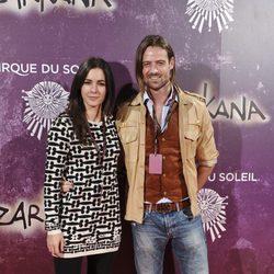 María Cotiello y William Miller en el estreno de Zarkana