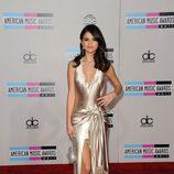 Selena Gomez en los American Music Awards 2011