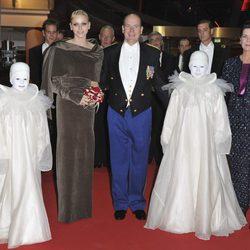 Los Príncipes Alberto, Charlene y Carolina de Mónaco en el Día Nacional de Mónaco