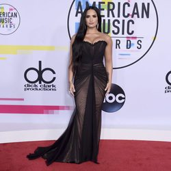 Demi Lovato en los American Music Awards 2017