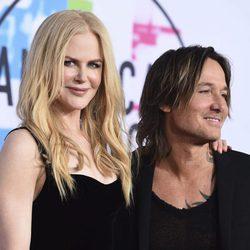 Nicole Kidman y Keith Urban en los American Music Awards 2017