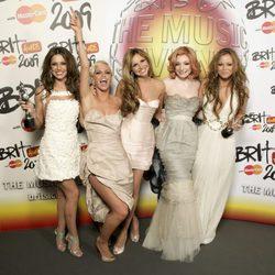 Girls Aloud en los Premios Brit 2009