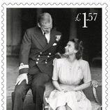 Sello conmemorativo con una foto de su pedida del 70 aniversario de boda de la Reina Isabel y el Duque de Edimburgo