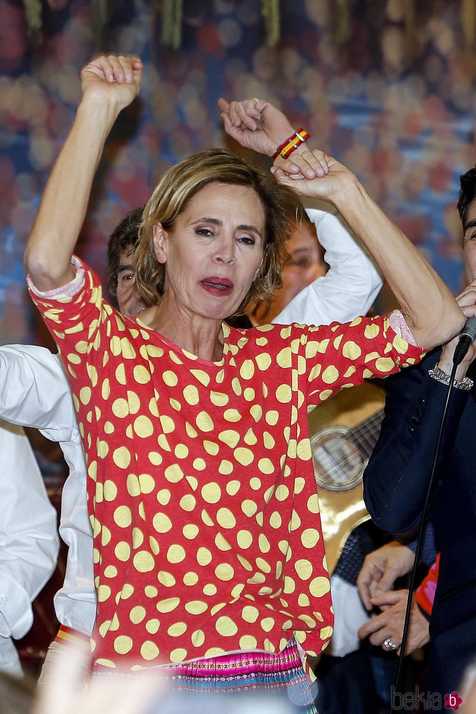 Ágatha Ruiz de la Prada en el Rastrillo Nuevo Futuro