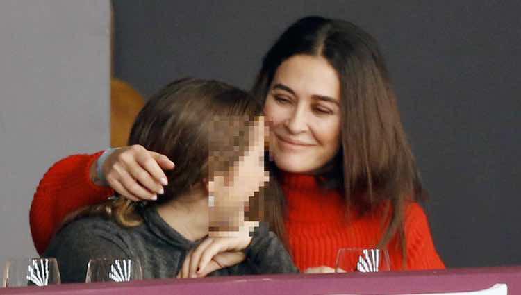 Vicky Martín Berrocal con su hija Alba en la Horse Week 2017 en Madrid