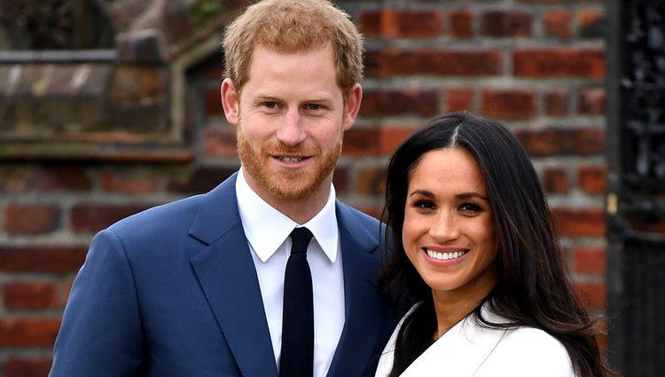 Foto del posado oficial del Príncipe Harry de Inglaterra y Meghan Markle