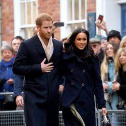 El Príncipe Harry de Inglaterra y Meghan Markle en su primer acto público oficial