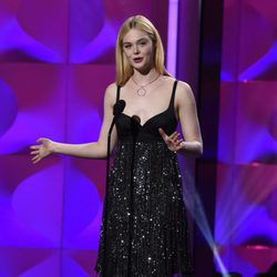 Elle Fanning en la gala Billboard Women in Music 2017