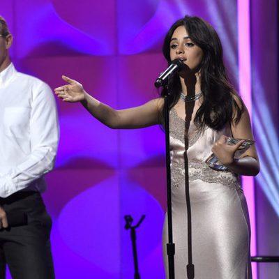 Camila Cabello en la gala Billboard Women in Music 2017