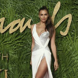 Irina Shayk en los British Fashion Awards 2017